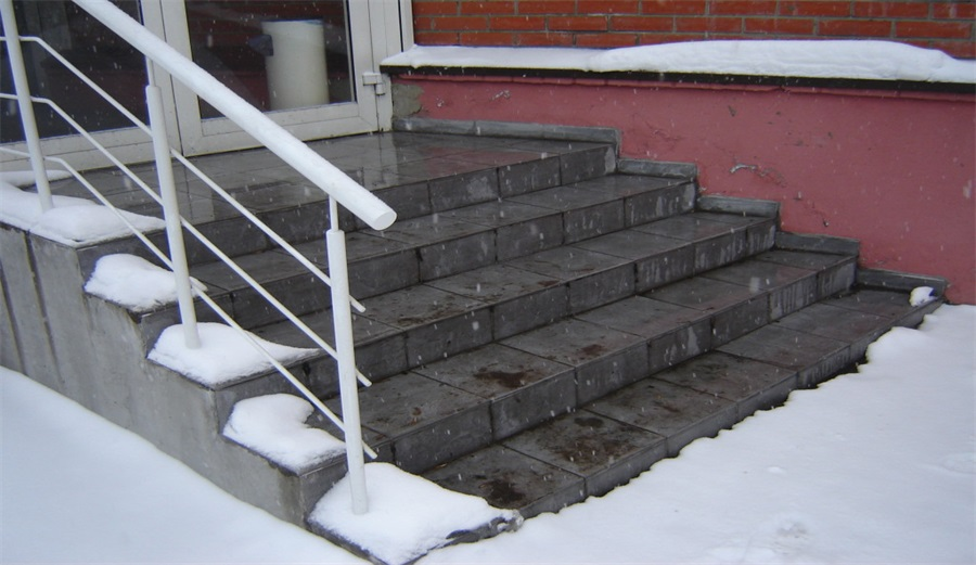 Why and how to properly warm the steps on the street